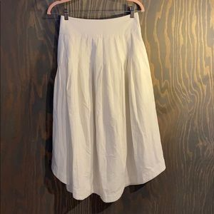 Free People white pleat skirt fully lined,pockets!